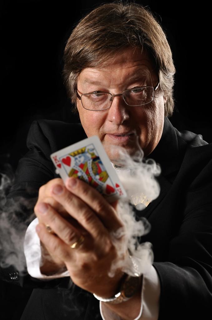 Magician Gary Maurer